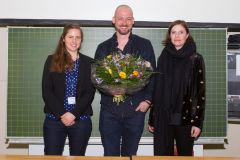 89 - GOR Poster Award 2019 Special Mention: Marie-Luise Nau and Florian Tress (Norstat Group, Germany), center und right, with Jury Member Tanja Burgard (ZPID - Leibniz Institute for Psychology Information, Germany), left